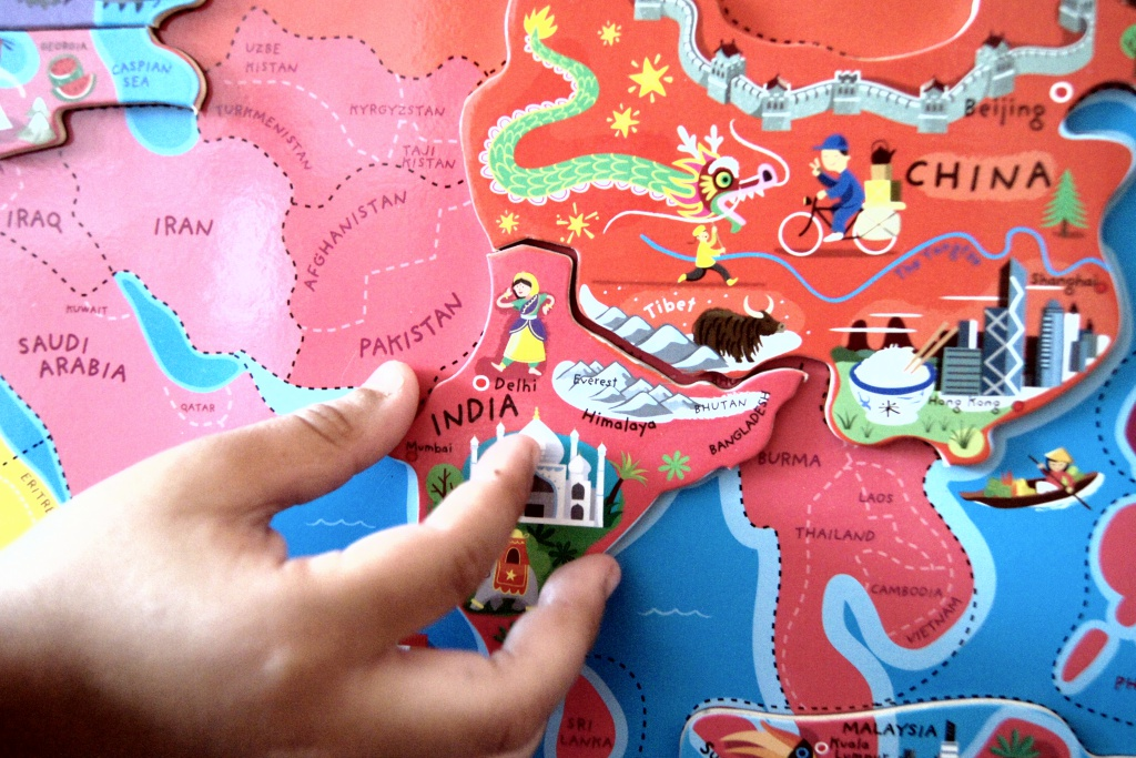 mapa świata Janod edukacyjne zabawki