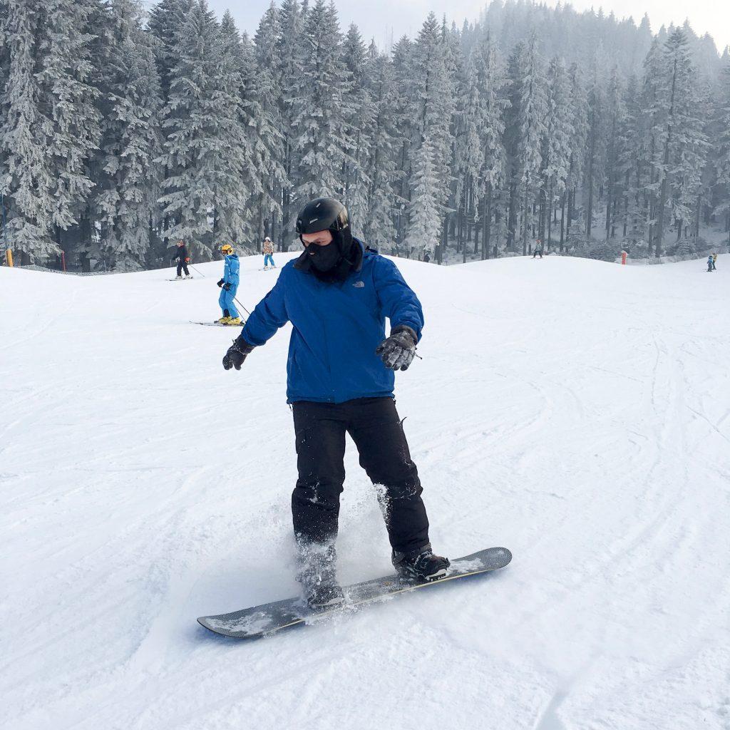 wyjazd na snowboard co zabrać