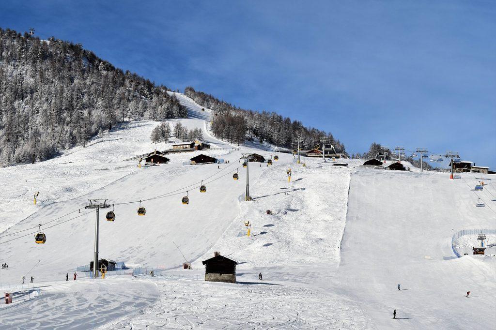 wyjazd na narty w Alpy
