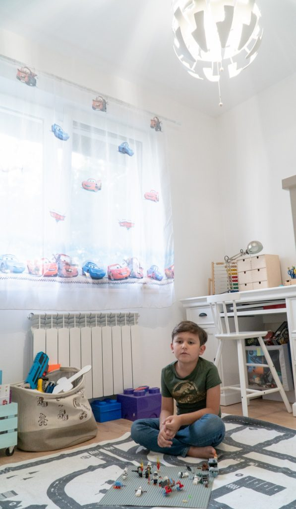 oświetlenie w pokoju dziecka