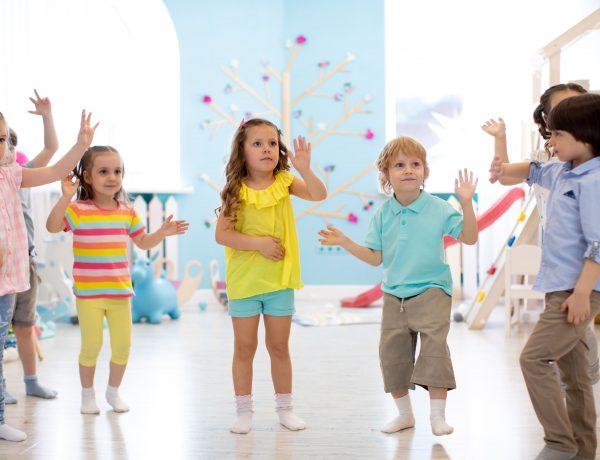 zajęcia muzyczno-ruchowe w przedszkolu